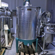 Serbatoio agitato completo di agitazione 500 litri